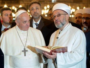 Pope-Francis-in-mosque